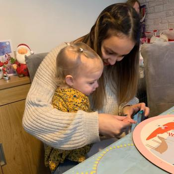 Babysitter in Nottingham: Mia