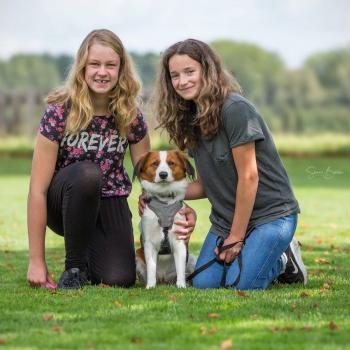 Oppas Nieuwegein: Roos en Isabella
