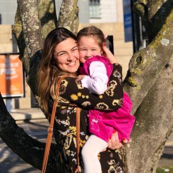 Babysitter Maia: Raphaella