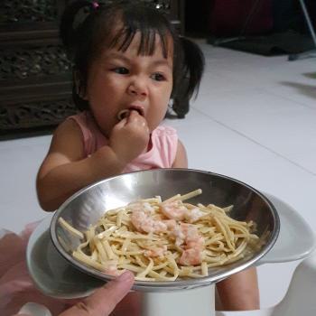 Babysitting job Singapore: babysitting job Heidi