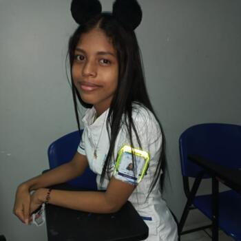 Babysitter in Cartagena: Yujeidys milena