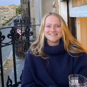 Babysitter Edinburgh: Cosima