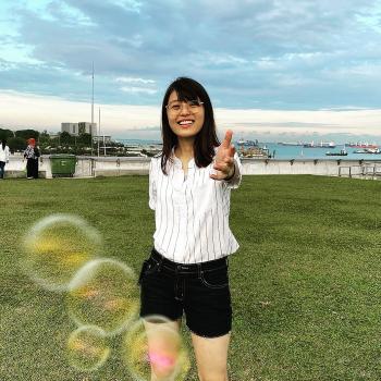 Babysitter in Singapore: Siah