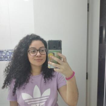 Babá em Praia Grande: Maria Luiza