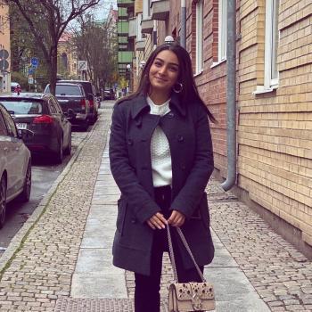 Barnvakt i Västra Frölunda: Dena