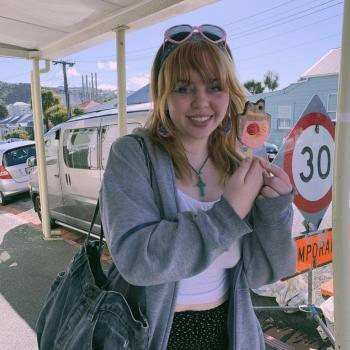 Babysitter in Wellington: Lola