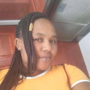 Babysitter in Cape Town: Nomaphelo