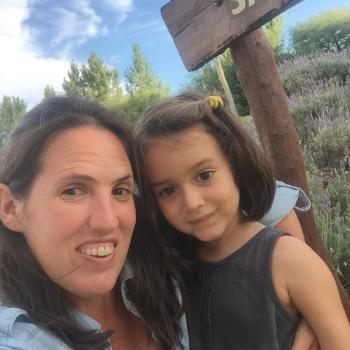 Babysitter in Barcelona: Delfina Segura