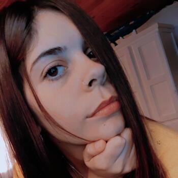 Niñera en Dique Luján: Dana