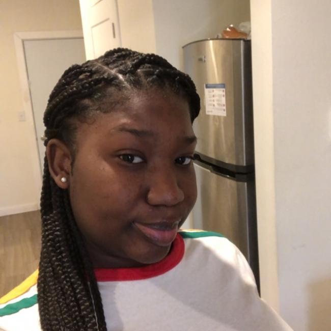 Babysitter in New Rochelle: Lathea