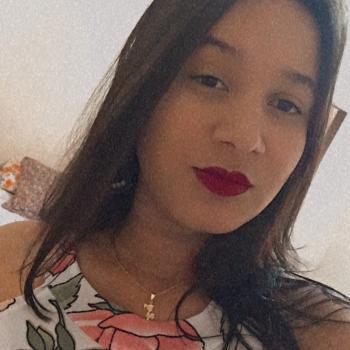Emprego de babá em Goiânia: emprego de babá Camila