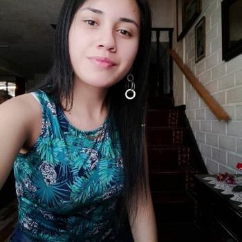 Niñera en Linares: Fiorella