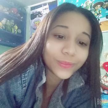Babysitter in Tampania: Daniela
