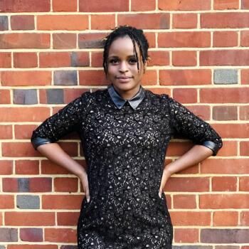 Babysitter in London: Mahongo