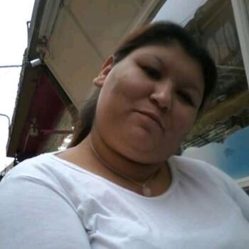 Babysitter in Grand Bourg: Mirna Elizabeth
