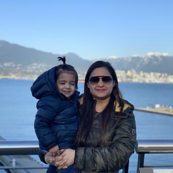 Baby-sitting Surrey: job de garde d'enfants Priyanka