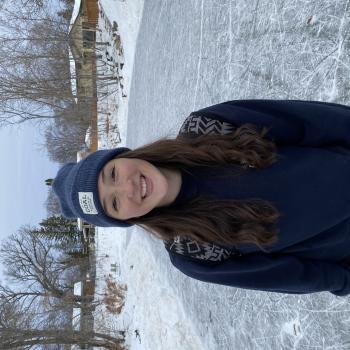 Babysitter in Winnipeg: Anna