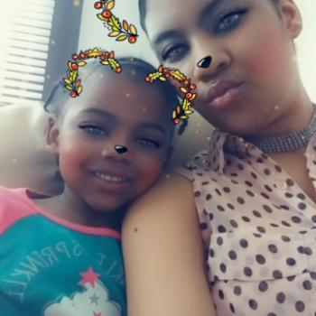 Babysitter Detroit: Jasmine