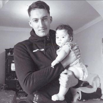 Baby-sitter in Saint-Herblain: Dadi