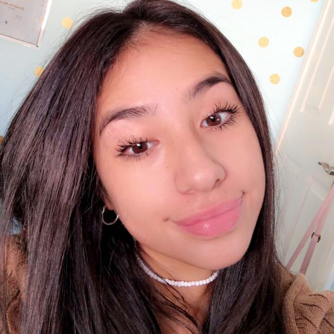 Babysitter in San Antonio: Diamond Garcia