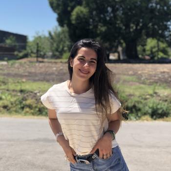 Niñera Tala: Adriana