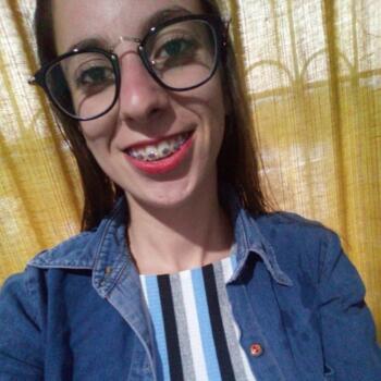 Babysitter in Colinas de Solymar: Heidi