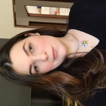Babysitter in Maringá: Kezia