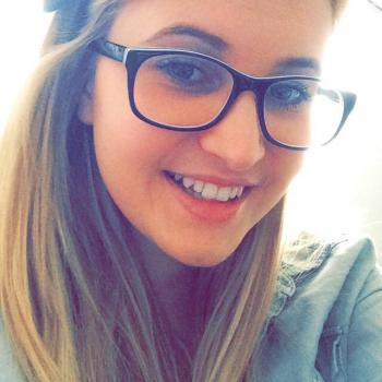 Babysitter Rockingham: Caitlin