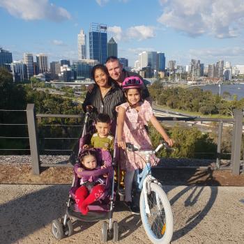Babysitting job Perth: babysitting job Donsl