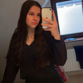 Babysitter in Blankenberge: Lauren