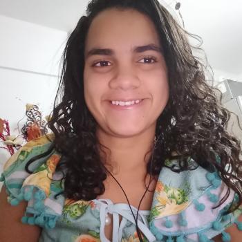 Babysitting Jobs in Recife: babysitting job Laisa farias