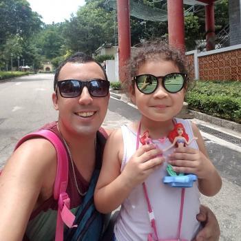 Trabalho de babysitting Almada: Trabalho de babysitting Luis