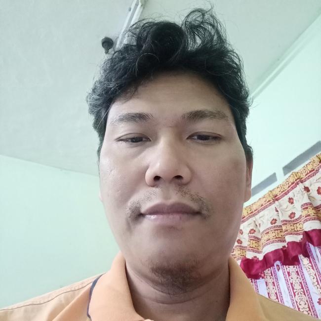 Kerja pengasuh di Kluang: Abu Halim