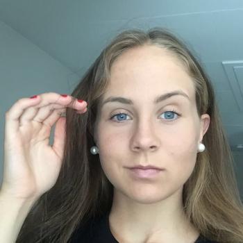 Barnvakt Lidköping: Tyra