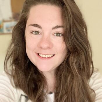 Babysitter in Dún Laoghaire: Katie