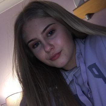 Babysitter Leicester: Natalie