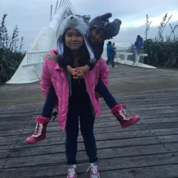 Babysitter in Auckland Airport: Kirsten