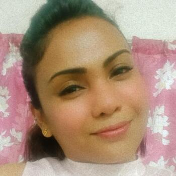 Babysitter in Kuala Lumpur: Sarah