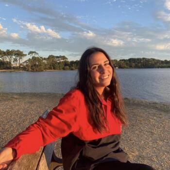 Baby-sitter in Bordeaux: Clara