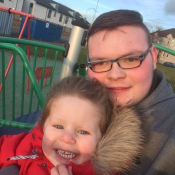 Childcare agency Glasgow: Joseph's babysitting service