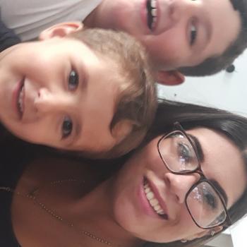 Babysitter Ittigen: Romina