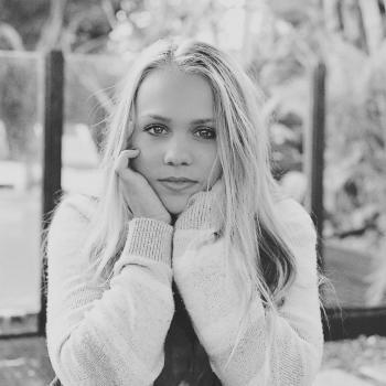 Babysitter in Ewingsdale: Nicole