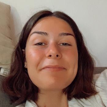 Baby-sitter in Perpignan: Emily
