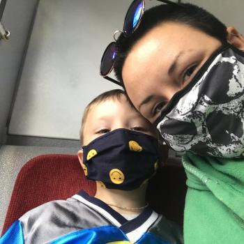 Baby-sitting Toronto: job de garde d'enfants Zoe