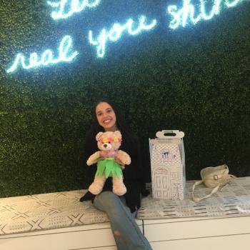 Babysitter Cypress: Roni