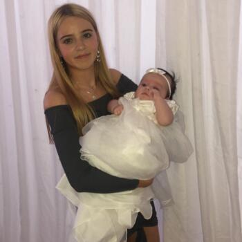 Babysitter in Ballina: Abigail