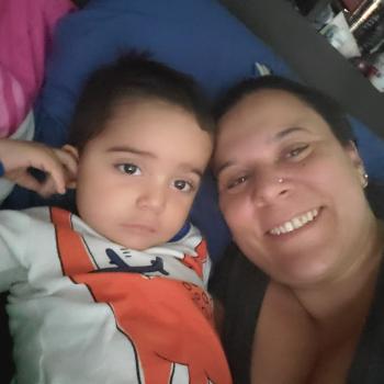 Baby-sitting Toronto: job de garde d'enfants Monick