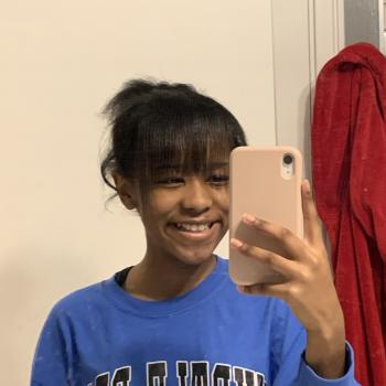 Babysitter in Columbus: Mai Joy
