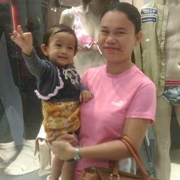 Babysitter Woodlands New Town: Jessel mae