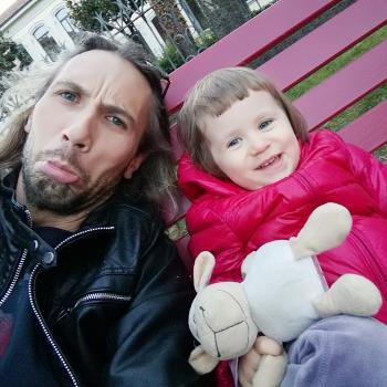Genitore Udine: lavoro per babysitter Ivan